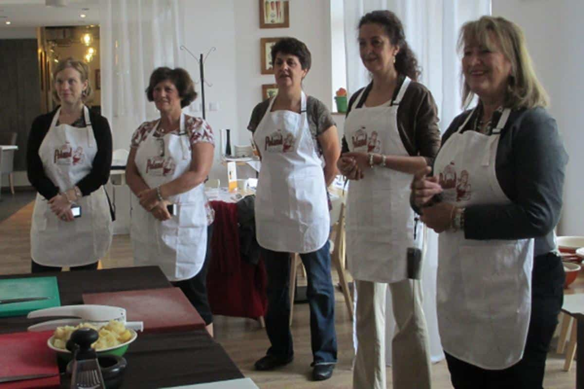 2012-a-three-day-culinary-adventure-around-warsaw-800x450_8098444880_o