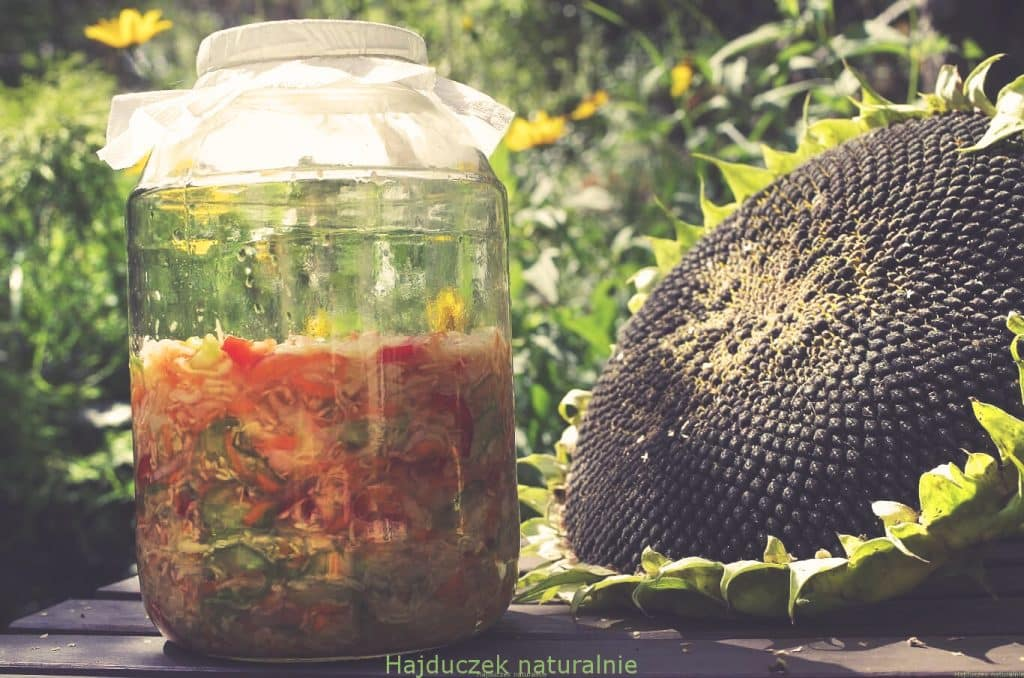 home made pickles salad polish cuisine cabbage carrot pepper jar healthy